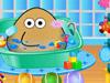 Pou принимает ванну